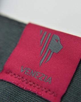 Grey shopper white Venezia 1600 logotype venezia